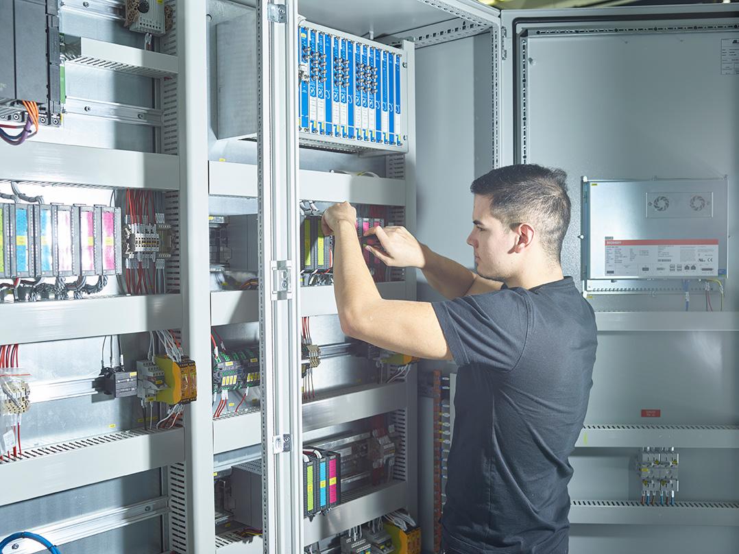 Automation Technician VET - Burckhardt Compression
